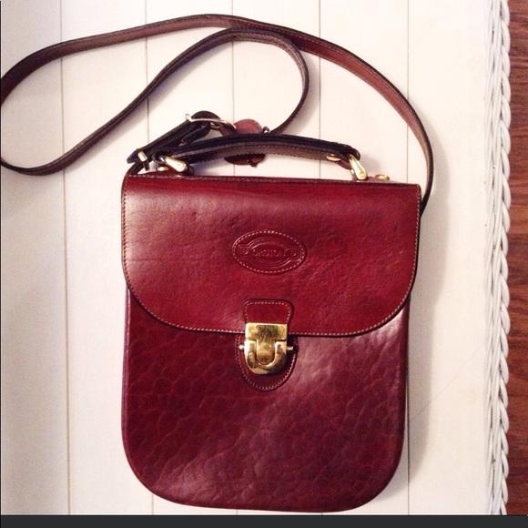 Oroton Australia Vintage Signature Leather Handbag.  M 5a92222900450f6629ed6271 8f25242e46596